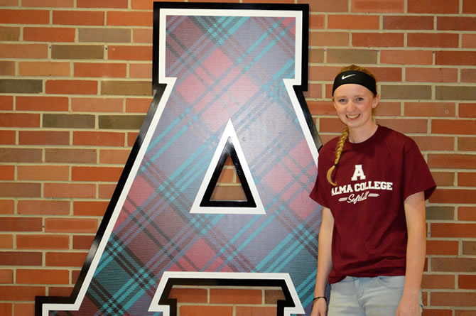 Erin Ezell Commits to Alma College
